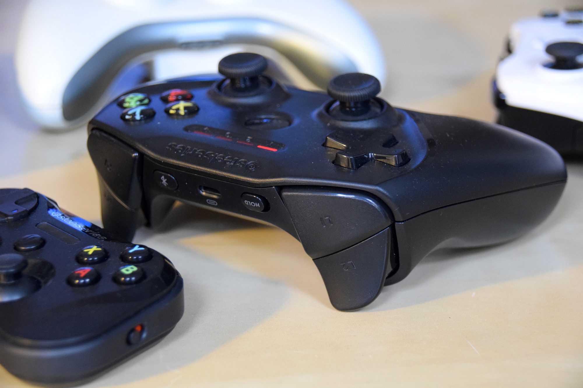 Steelseries Nimbus 02