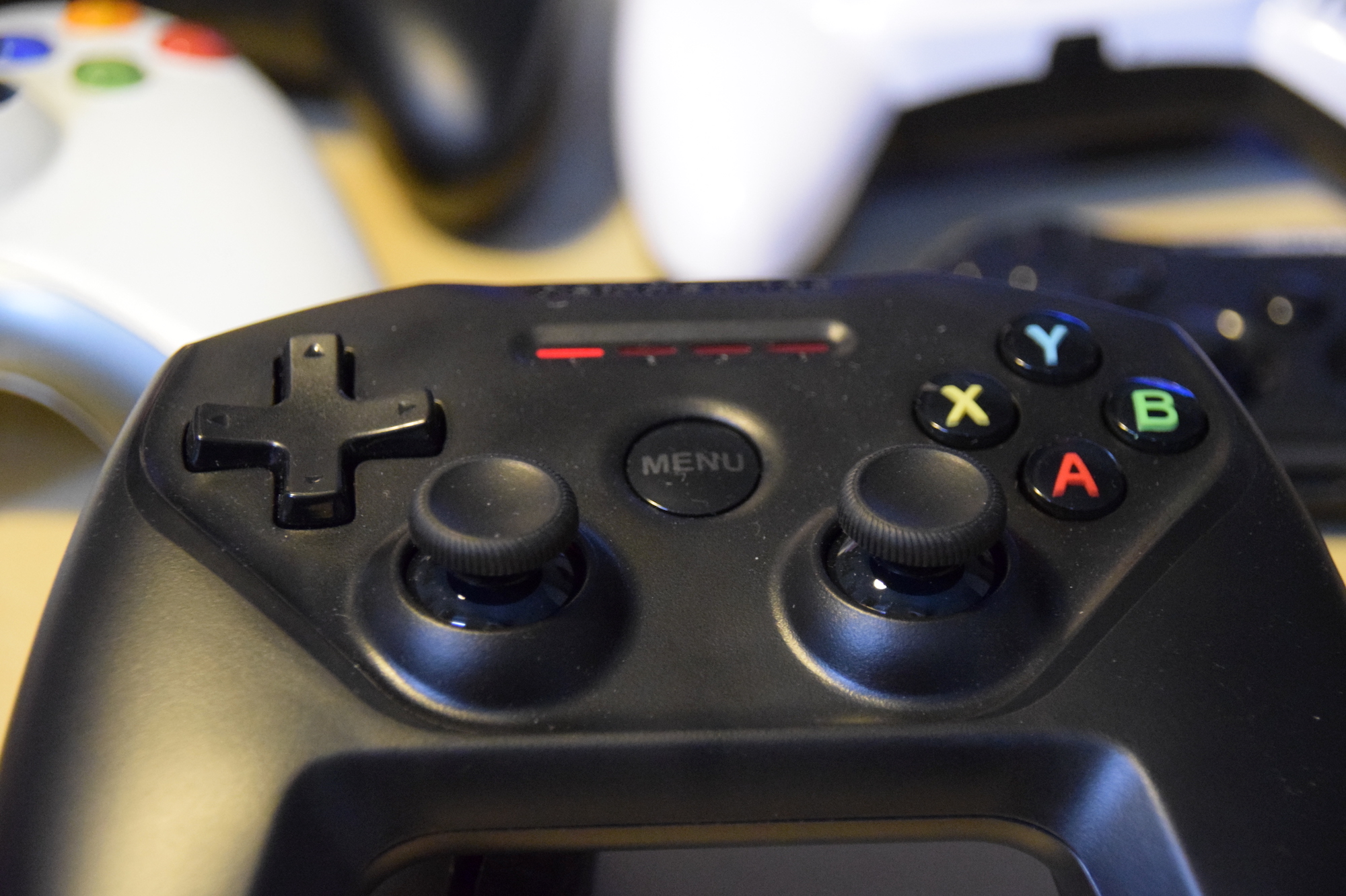 Steelseries Nimbus 03